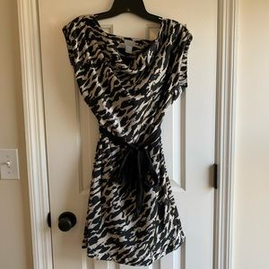 H&M cocktail dress - sz 4 (fits like 0/2)